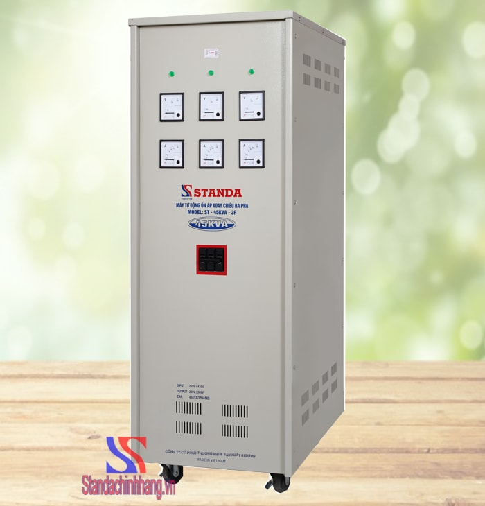 Ổn áp 3 pha thương hiệu Standa 45KVA dải điện áp từ 260V