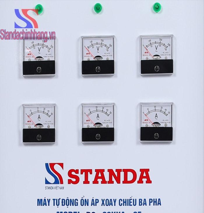 ảnh cận cảnh chi tiết ổn áp standa 20Kva dải điện áp từ 260V chính hãng