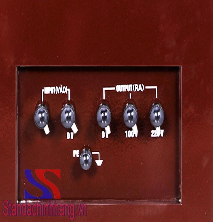 Chi tiết mặt sau Máy ổn áp Standa 30kva dải 50v