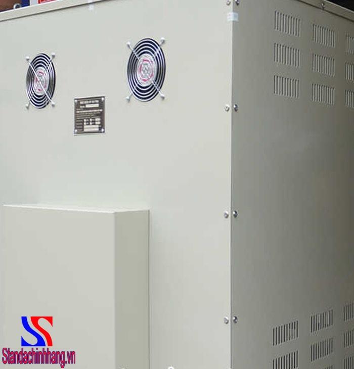 Mua máy biến áp tự ngẫu Standa 150kva an tâm về chất lượng -Hình ảnh mặt sau của máy biến áp tự ngẫu xoay chiều 3 pha 150KVA