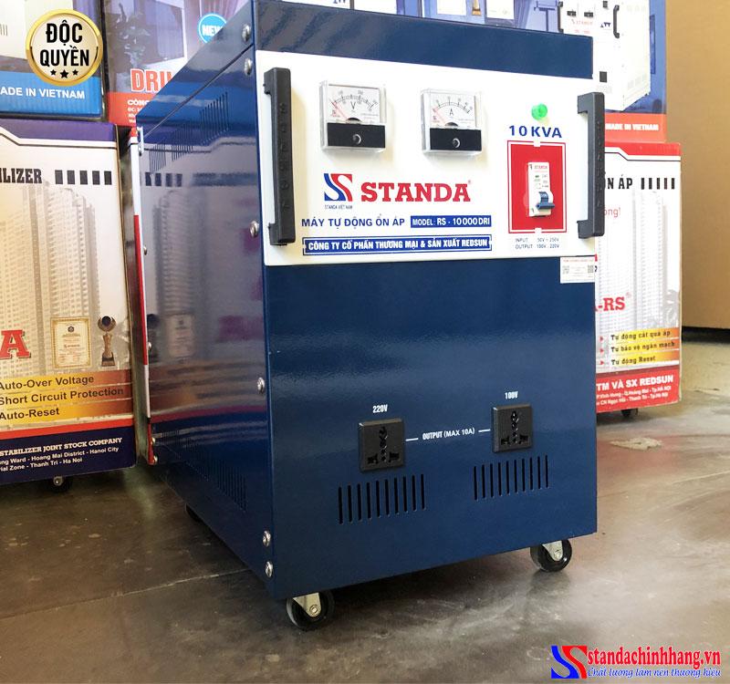 Ổn áp Standa 10KVA dải điện áp 50V 2 ổ cắm