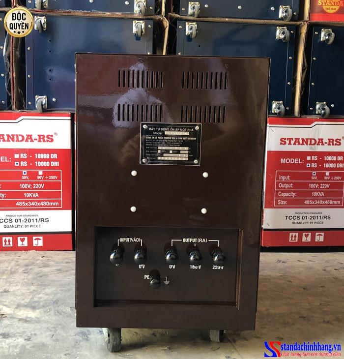 ảnh mặt sau ổn áp Standa 15KVA dải 50V -250V chính hãng Redsun