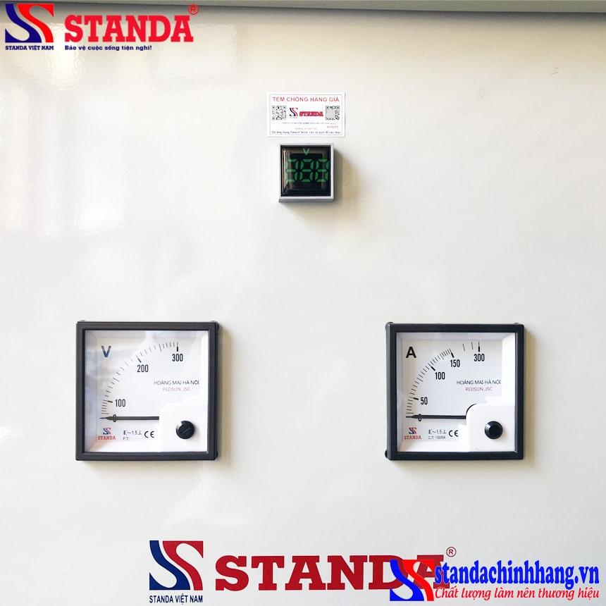 Hình ảnh đồng hồ đặc biệt của máy biến áp cách ly Standa 30KVA 2 pha